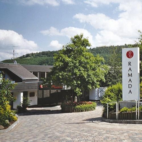 4-Tage-Kurzurlaub-Erholung-3-S-RAMADA-Hotel-Willingen-Sauerland-Hessen-WOW